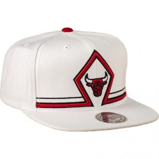 Mitchell & Ness NBA Chicago Bulls Katrina 3 Diamond Snapback Cap