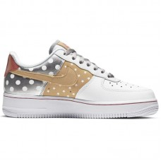 Nike Wmns Air Force 1 '07 Stars - Vabaajajalatsid